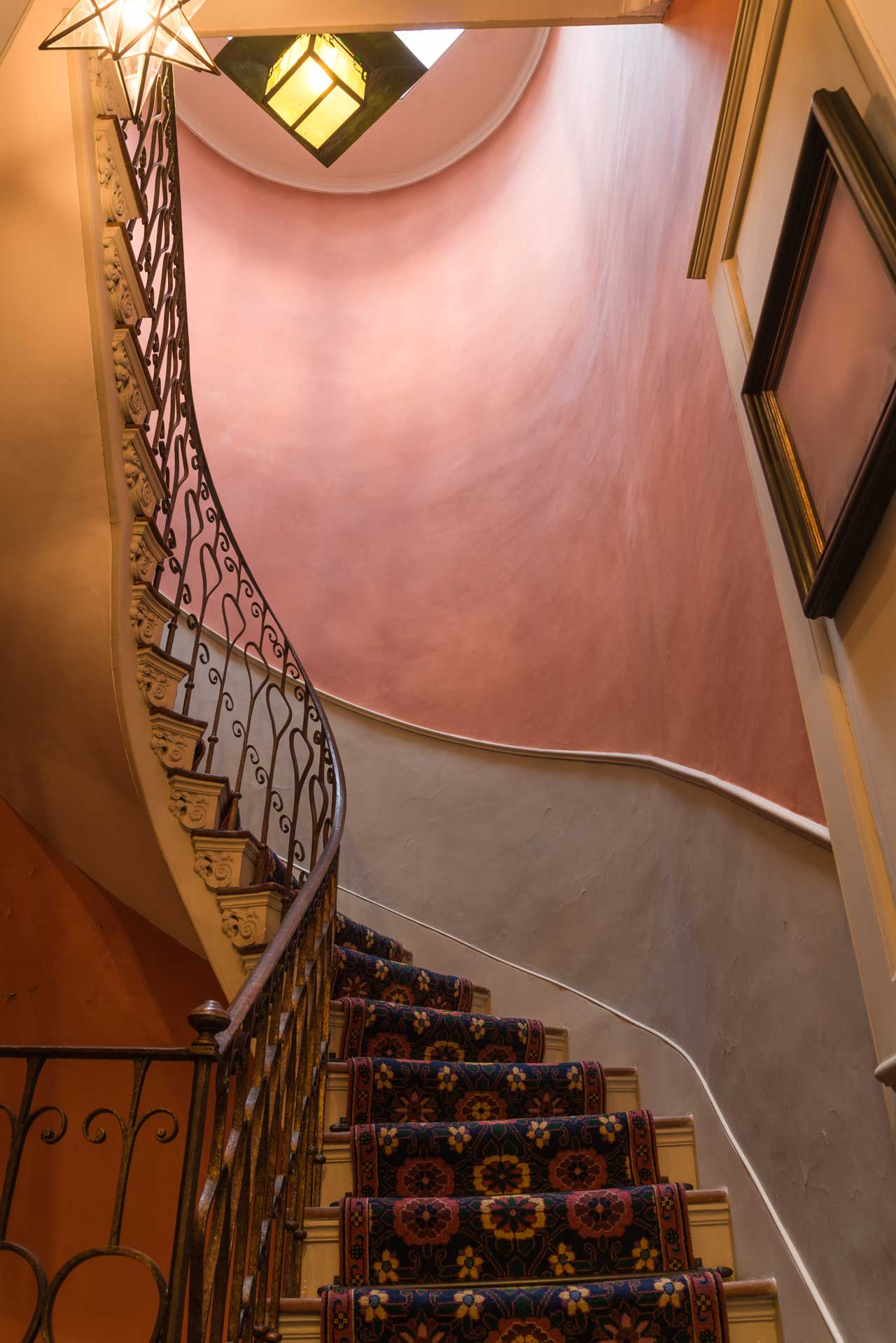 Geometric staircase - after