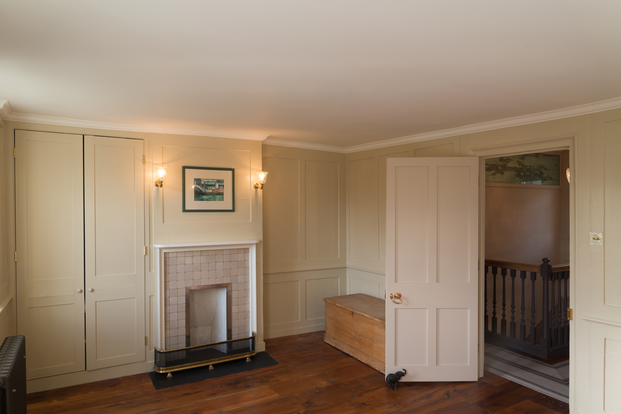 Top floor bedroom, after