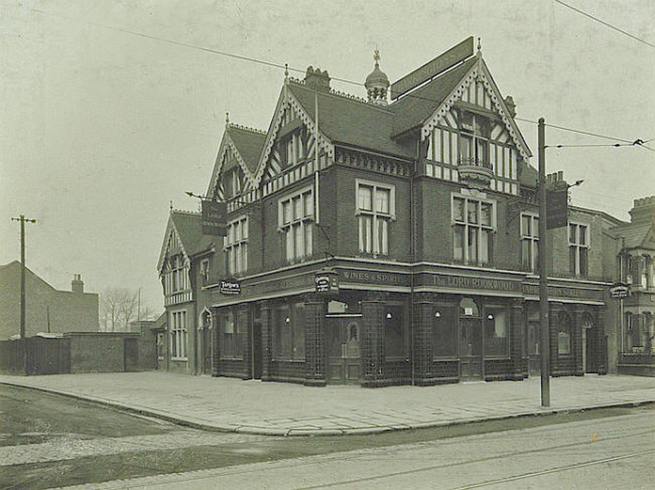 The pub in 1930s